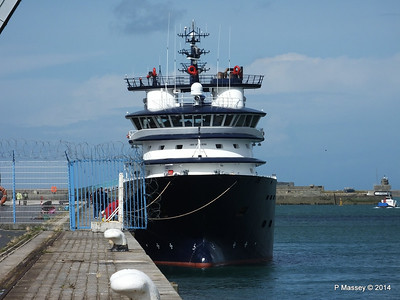 ABEILLE LIBERTE Emergency Tow Vessel Cherbourg PDM 11-08-2014 14-28-49