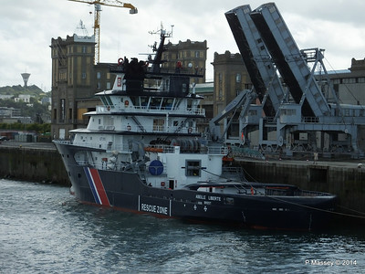 ABEILLE LIBERTE Emergency Tow Vessel Cherbourg PDM 11-08-2014 16-07-41