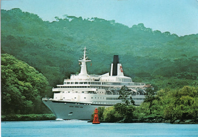 ROYAL VIKING STAR - BLACK WATCH Panama Canal