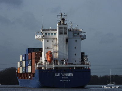 ICE RUNNER Arriving Southampton PDM 20-12-2013 12-15-39