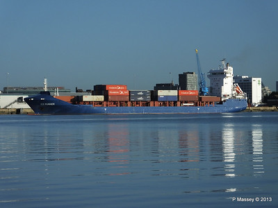 ICE RUNNER Arriving Southampton PDM 29-12-2013 12-15-00
