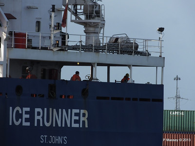 ICE RUNNER Arriving Southampton PDM 20-12-2013 12-14-21