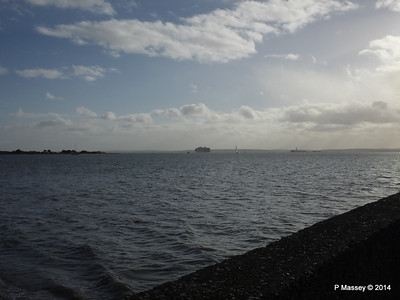 APL MERLION Outbound Southampton the Solent PDM 10-12-2014 12-50-01