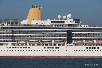 ARCADIA Outbound Southampton PDM 23-04-2015 16-55-55