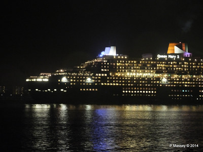 QUEEN MARY 2 Outbound Southampton PDM 26-11-2014 17-17-41