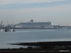 QUEEN MARY 2 Over Town Quay PDM 26-11-2013 13-03-19