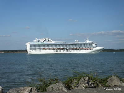 RUBY PRINCESS Departing Southampton PDM 22-07-2014 17-44-18
