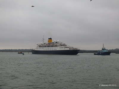 SAGA RUBY under tow Southampton PDM 08-01-2013 15-24-08