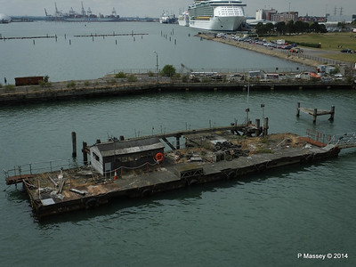 Derelict Royal Pier with INDEPENDENCE OF THE SEAS Southampton PDM 12-07-2014 14-02-14