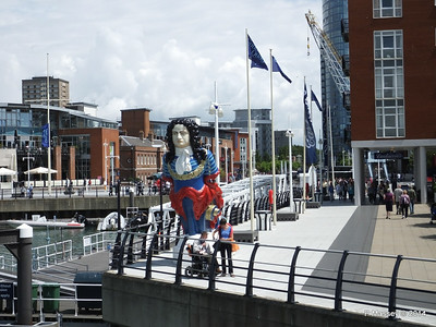 HMS MARLBOROUGH Figurehead Gunwharf Portsmouth PDM 30-06-2014 12-42-43