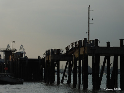 Husbands Jetty Marchwood PDM 09-09-2014 18-12-04