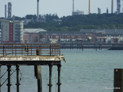 Hythe Pier through Royal Pier PDM 24-06-2014 16-47-29