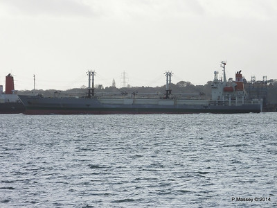 NAGATO REEFER Outbound Southampton at Fawley PDM 10-12-2014 12-50-39