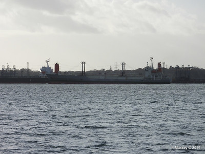 NAGATO REEFER Outbound Southampton passing SAPPHIRE EXPRESS Fawley  10-12-2014 12-50-42