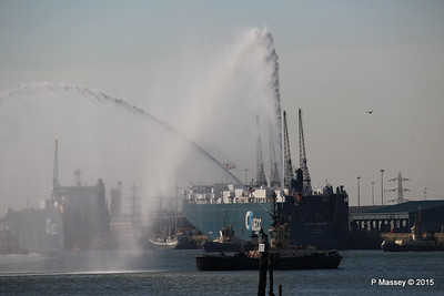 AUTOSTAR ASIAN BREEZE Water Cannons Southampton PDM 18-04-2015 17-28-17