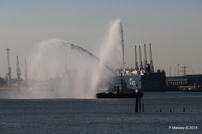 AUTOSTAR ASIAN BREEZE Water Cannons Svitzer ALMA Southampton PDM 18-04-2015 17-32-49