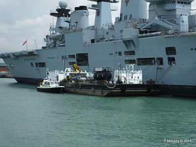 ENDEAVOUR SD OCEANSPRAY R06 HMS ILLUSTRIOUS Portsmouth PDM 30-06-2014 12-13-19