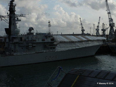 Portsmouth Dockyards PDM 11-08-2014 19-14-01