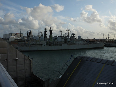 Portsmouth Dockyards PDM 11-08-2014 19-15-44