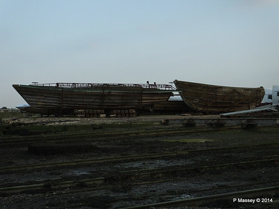 Wrecks Husbands Shipyard PDM 24-07-2014 20-03-25
