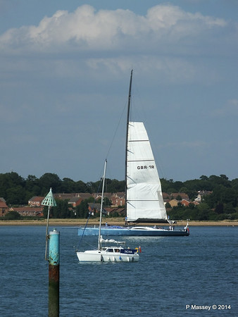 LEOPARD GBR-1R taking down sails Southampton Water PDM 22-07-2014 17-23-14