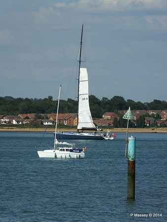 LEOPARD GBR-1R taking down sails Southampton Water PDM 22-07-2014 17-23-31