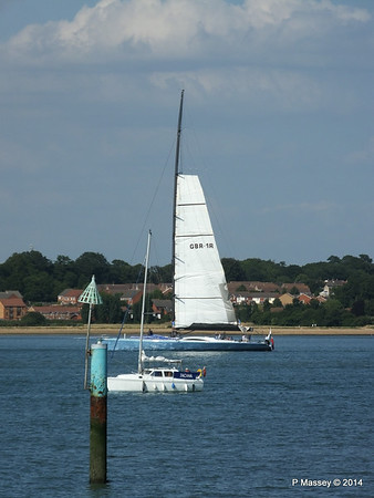 LEOPARD GBR-1R taking down sails Southampton Water PDM 22-07-2014 17-23-16
