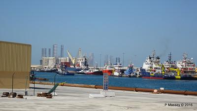 Offshore Supply Vessels Tugs Port Rashid Dubai PDM 24-03-2016 10-00-26