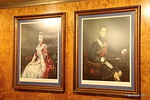 Queen Elizabeth Prince Philip Portraits Wyndham Corner Lobby QUEEN MARY 19-04-2017 17-08-52