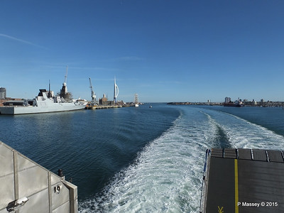 HMS DRAGON & Portsmouth Harbour PDM 29-06-2015 17-44-24