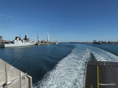 HMS DRAGON & Portsmouth Harbour PDM 29-06-2015 17-44-23