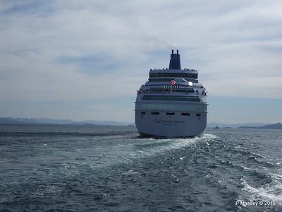 THOMSON MAJESTY Departing Piraeus PDM 02-06-2015 14-42-16