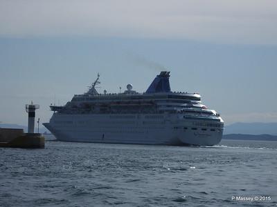 THOMSON MAJESTY Departing Piraeus PDM 02-06-2015 14-43-10