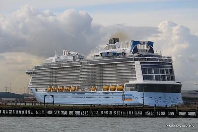 OVATION OF THE SEAS over Royal Pier Southampton PDM 14-04-2016 16-42-15