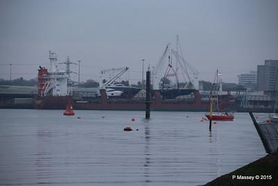 FLORIJNGRACHT Loading Yachts Southampton PDM 04-11-2015 17-06-42