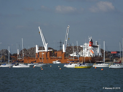 SUOMIGRACHT Loading Yachts Southampton PDM 01-10-2015 13-54-003