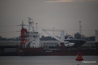 FLORIJNGRACHT Loading Yachts Southampton PDM 04-11-2015 16-30-36
