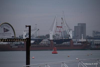 FLORIJNGRACHT Loading Yachts Southampton PDM 04-11-2015 16-57-56